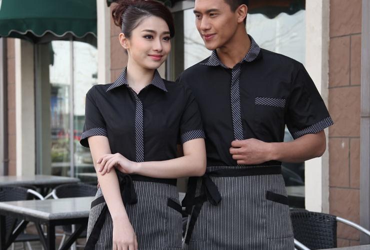 Đồng phục phục vụ khách sạn